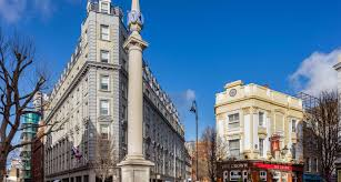 London Radisson Hotels-you will not make a mistake finding this hotel.